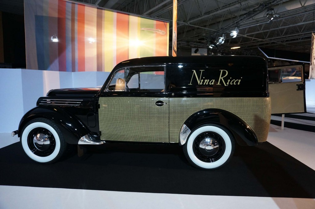 Renault Juvaquatre Fourgeonnet Nina Ricci