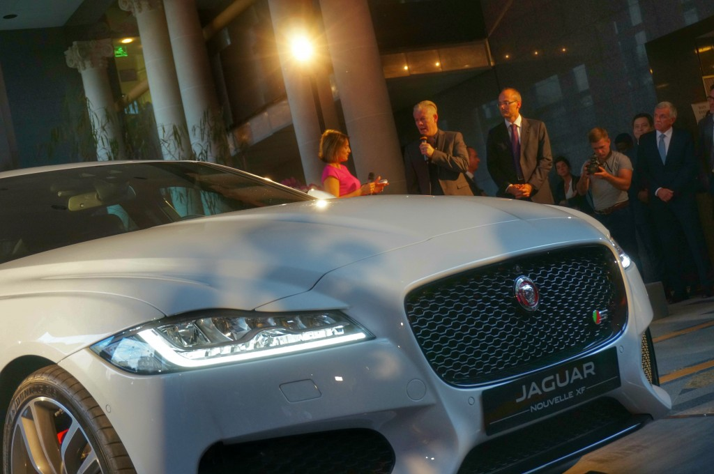 jaguar-xf-2015-paris (5)