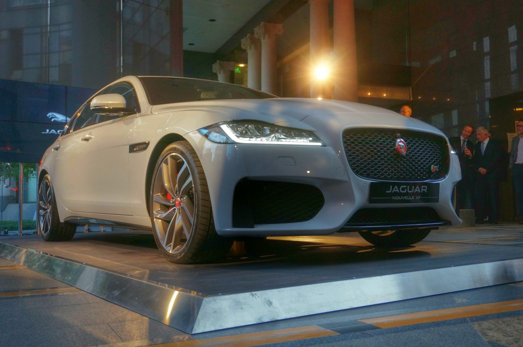 jaguar-xf-2015-paris (6)