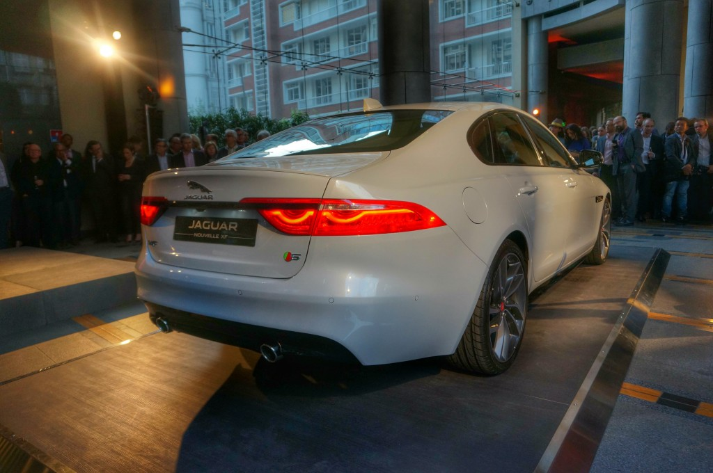 jaguar-xf-2015-paris (7)