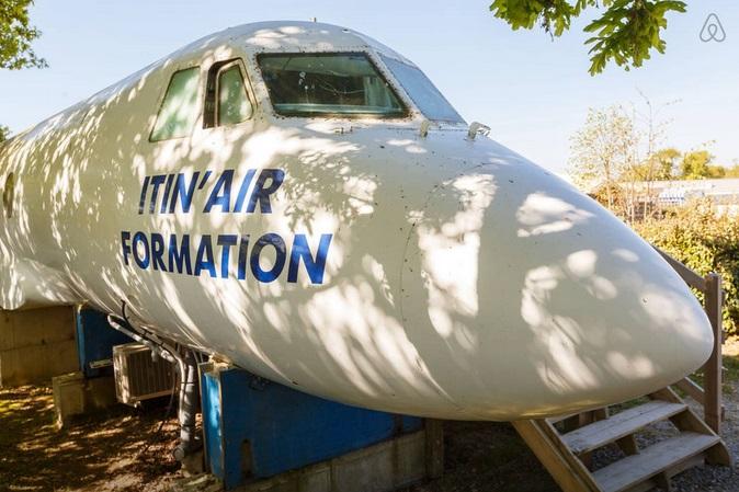 avion-airbnb-2