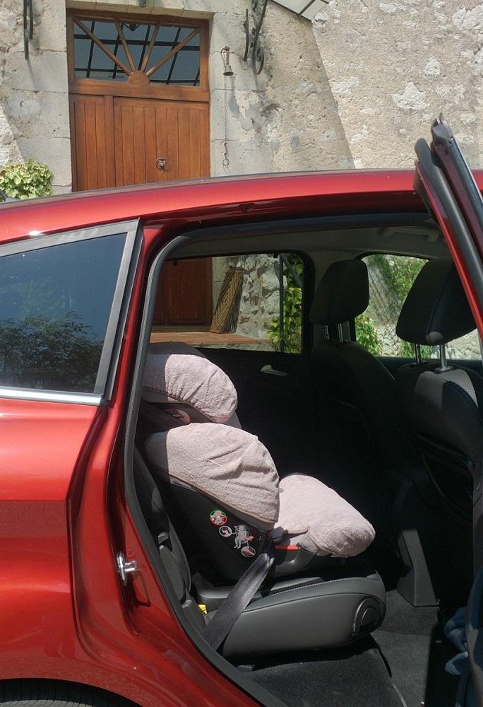 siège-auto-rodifix-bébé-confort-1