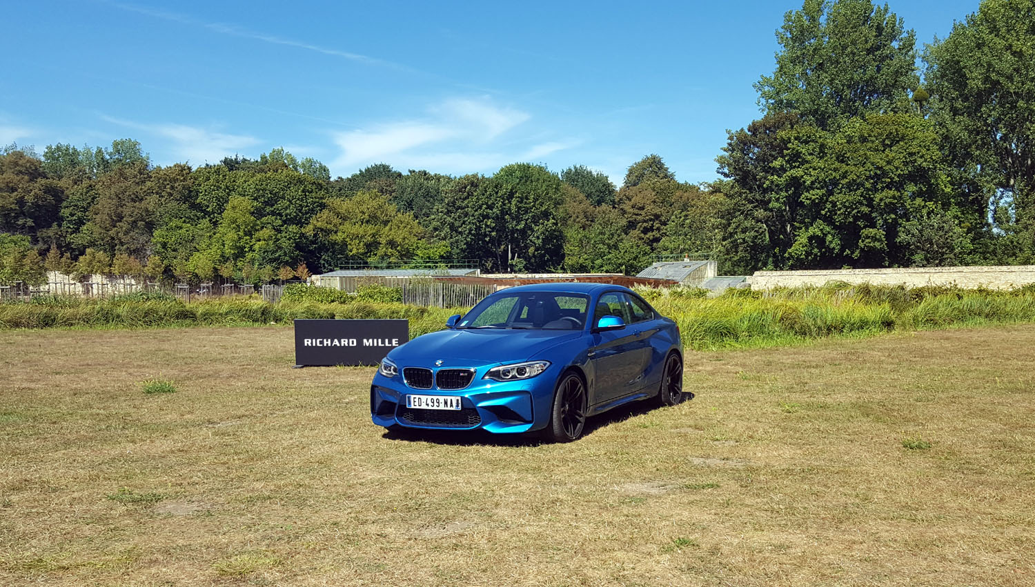 chantilly-2016-bmw-m2-m3-i8-rallye-supercars-73