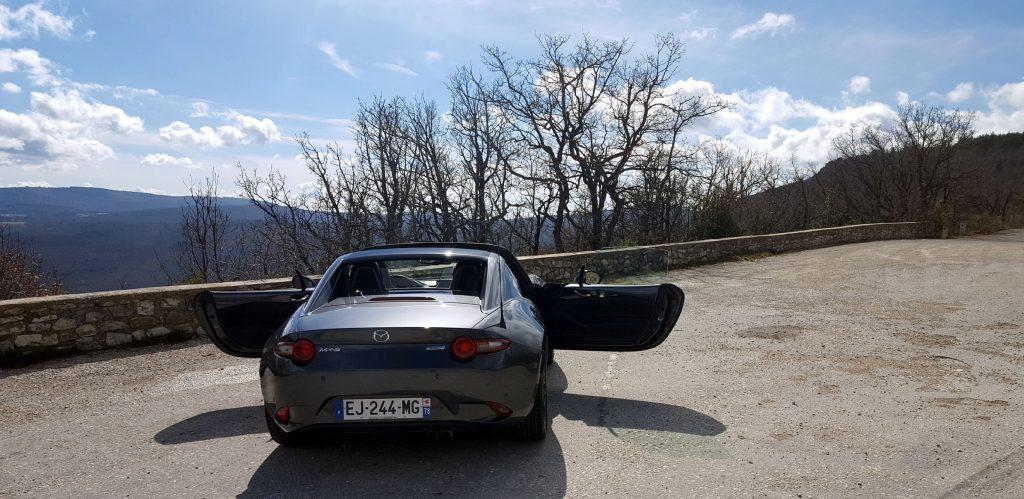 essai-mazda-mx-5-rf-luberon-2017-en-voiture-carine-photos (2)